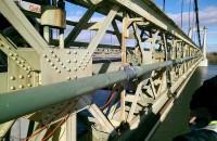 Instrumentation et auscultation vibratoires d'une conduite de gaz
