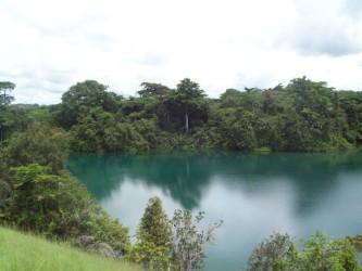 Lac Bleu, Mouila